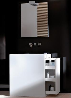 Beim Waschplatz Inside S von Alape verschmelzen Becken und Unterschrank aus glasiertem Stahl zu einer Einheit. Das sieht nicht nur gut aus, sondern liefert auch noch Stauraum in kleinen Gäste-Bädern.