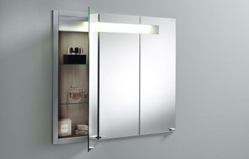 Die Spiegelschrankserie SLW von burgbad ist in einer enormen Vielfalt an Rahmen- und Korpuslackierungen lieferbar.