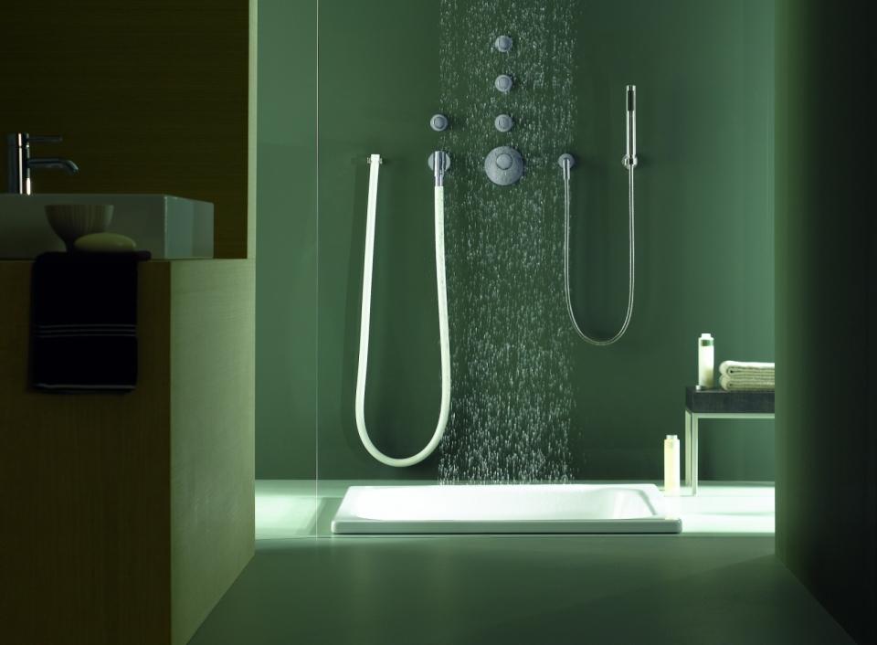 Die Serie balance Modules mit dem Kneipp Wasserschlauch water tube von Dornbracht