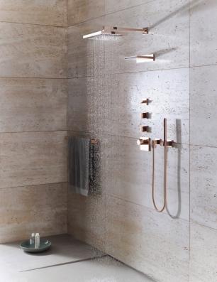 Duschen Sie in zeitloser Eleganz: Die neue Cyprum-Oberfläche im Roségold-Ton.