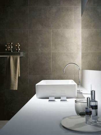 Die MEM-Serie kann in jedem Bad sowohl mit kantigen als auch runden Formen kombiniert werden.