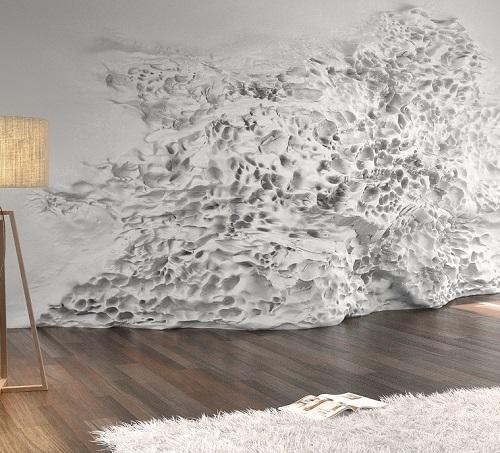 Neben der Farbe können auch Struktur und Material der Wände die Wirkung eines Raumes verändern. Wenn dann auch noch mit dem Licht gearbeitet wird, lassen sich weitere Effekte erzielen.