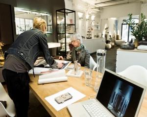 Als Abteilungsleiter übernehmen Sie die Verantwortung für einen eigenen Geschäftsbereich.